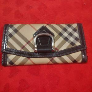 Burberry Nova check full sized wallet- USED